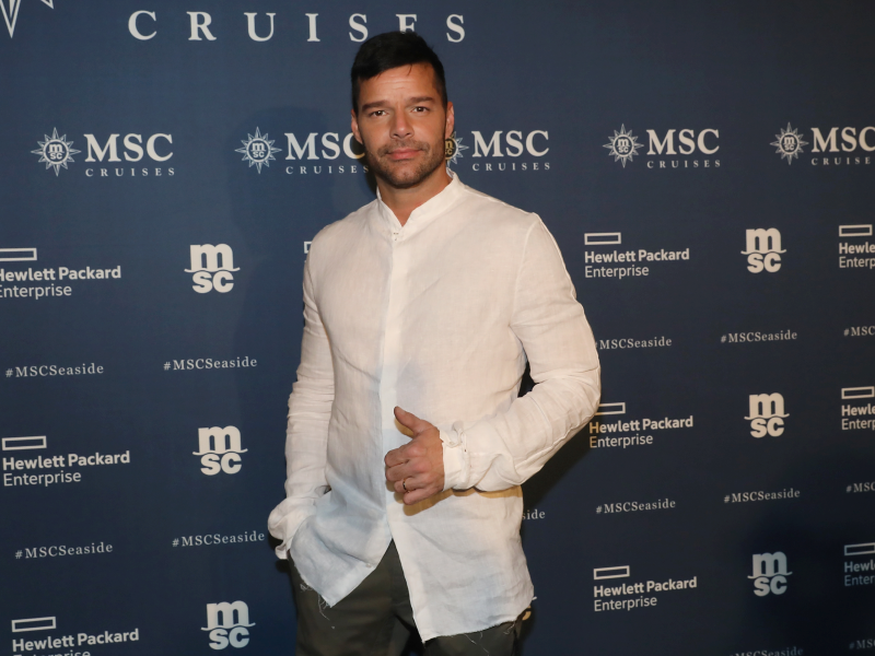 1-ricky-martin-aaron-davidson-getty-images_2.jpeg
