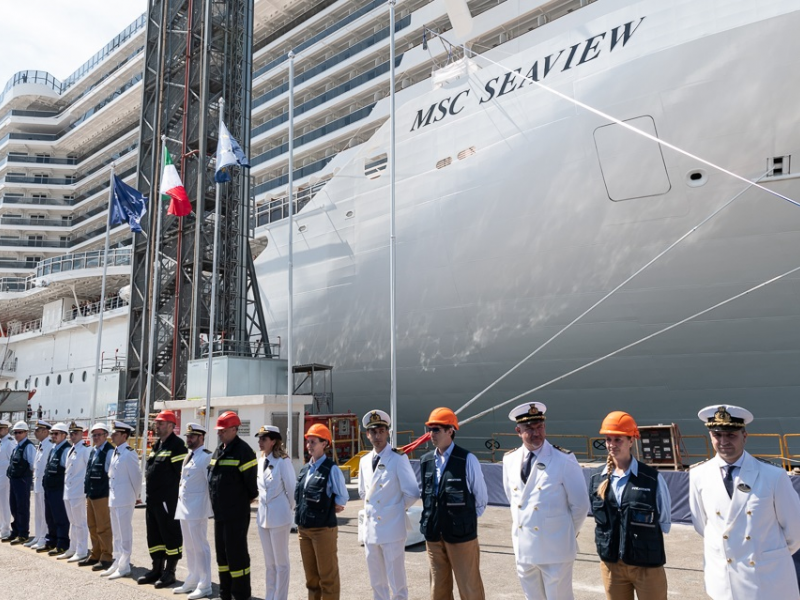 2crew-parade-of-fincantieri-and-msc-cruises-staff-and-crew.jpeg