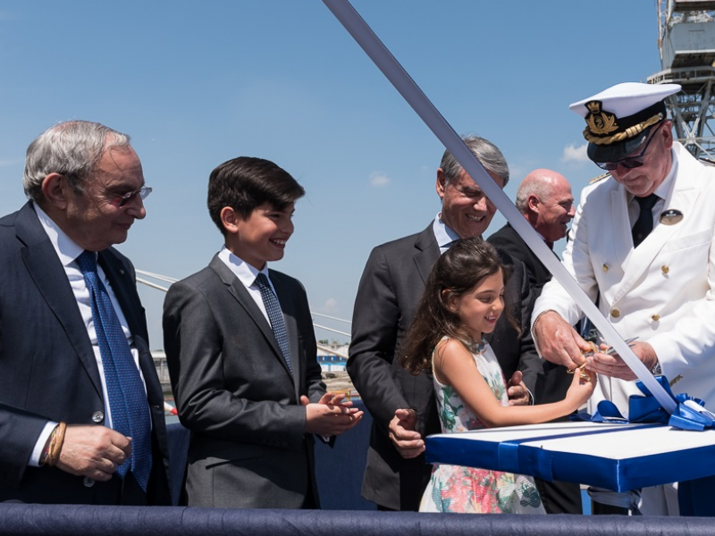 captain-pier-paolo-scala-cuts-the-ribbon-with-the-godmother_4.jpeg