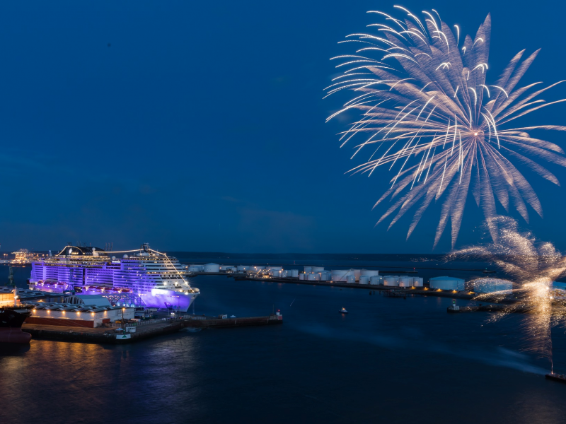 fireworks-complete-the-christening-of-msc-meraviglia.jpeg