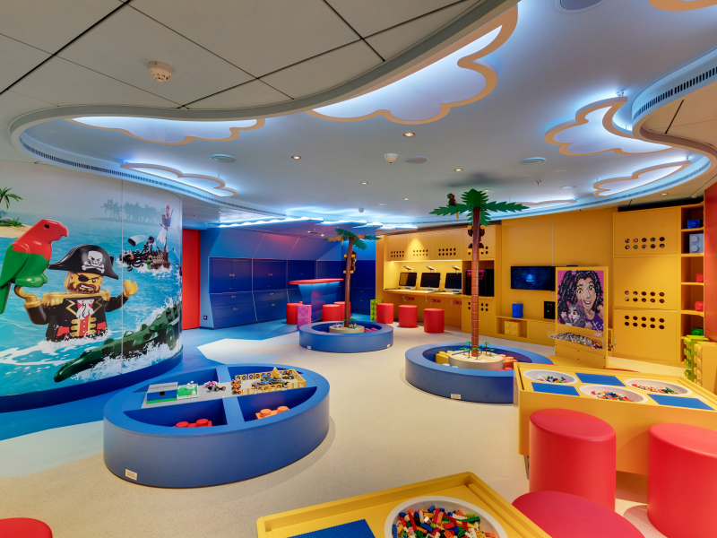 lego-pirate-themed-room-for-kids-7-11-res.jpeg