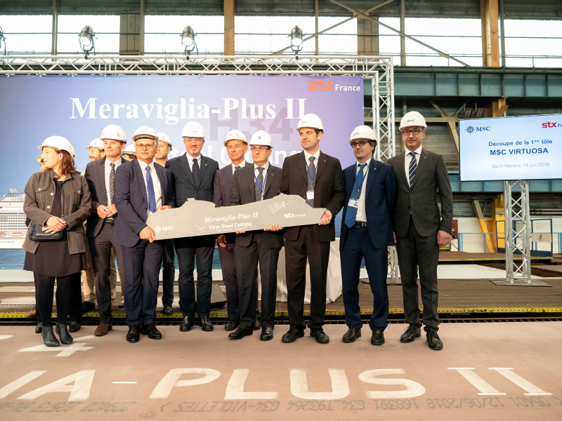 pierfrancesco-vago-and-france-laurent-castaing-cut-the-first-steel-of-msc-virtuosa-3-low-res.jpeg